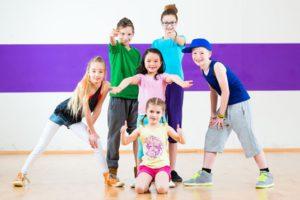 プロダンサーになるにはキッズや高校生コースから始めるのが有利な4つの理由2